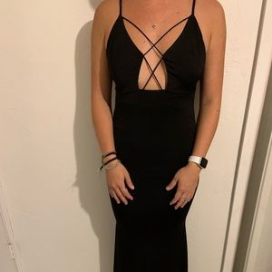 NWT LF Black Maxi Dress
